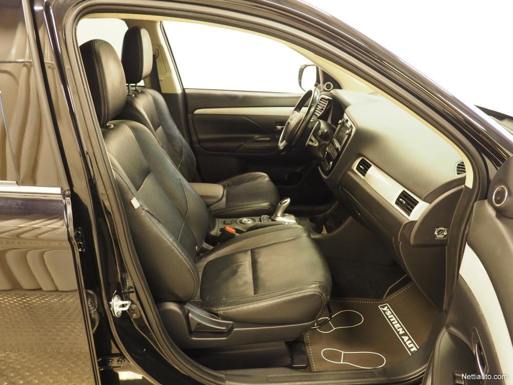 Mitsubishi Outlander PHEV, PHEV Instyle Navi 4WD ladattava hybridi