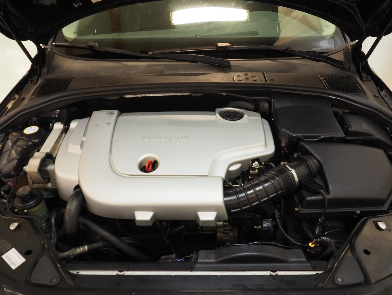 Volvo V70, 2.4D Momentum Automatic