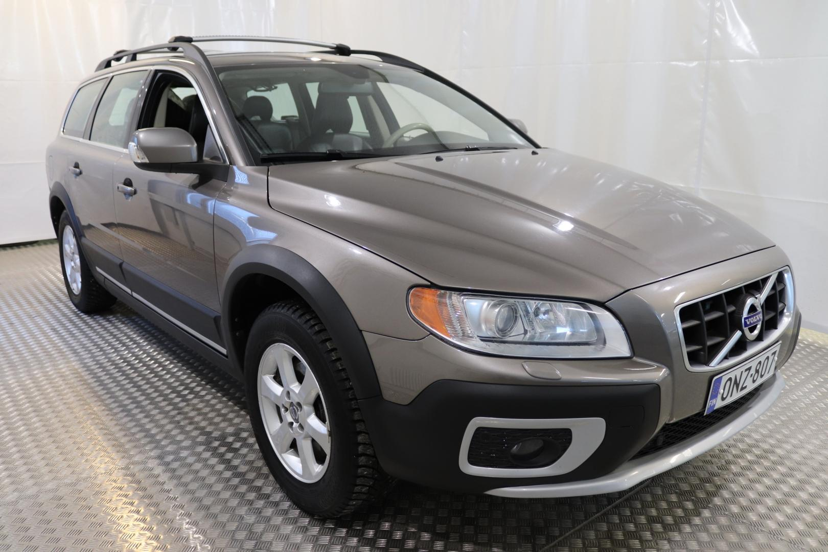 Volvo XC70, 2.4D Momentum A