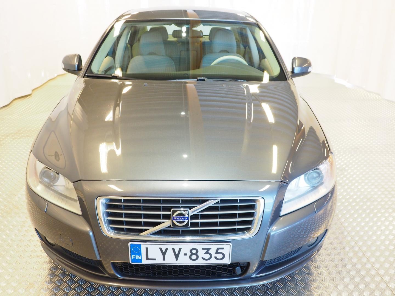 Volvo S80, 2.4 D Momentum