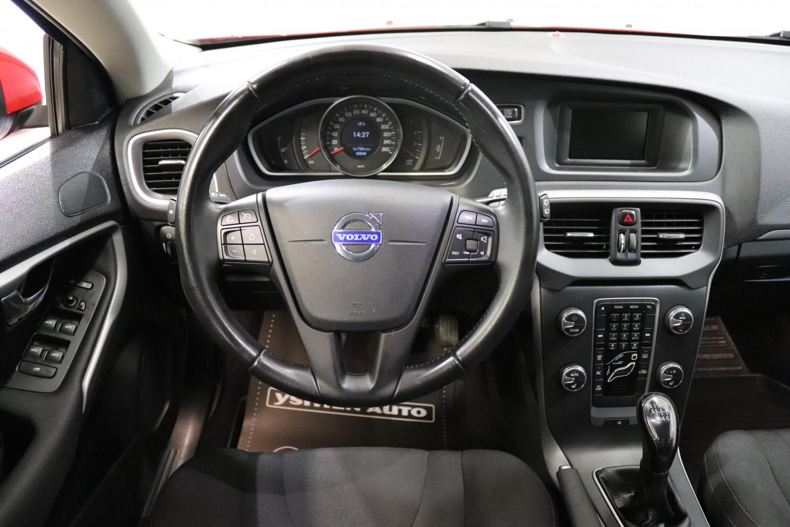 Volvo V40, D2 Kinetic