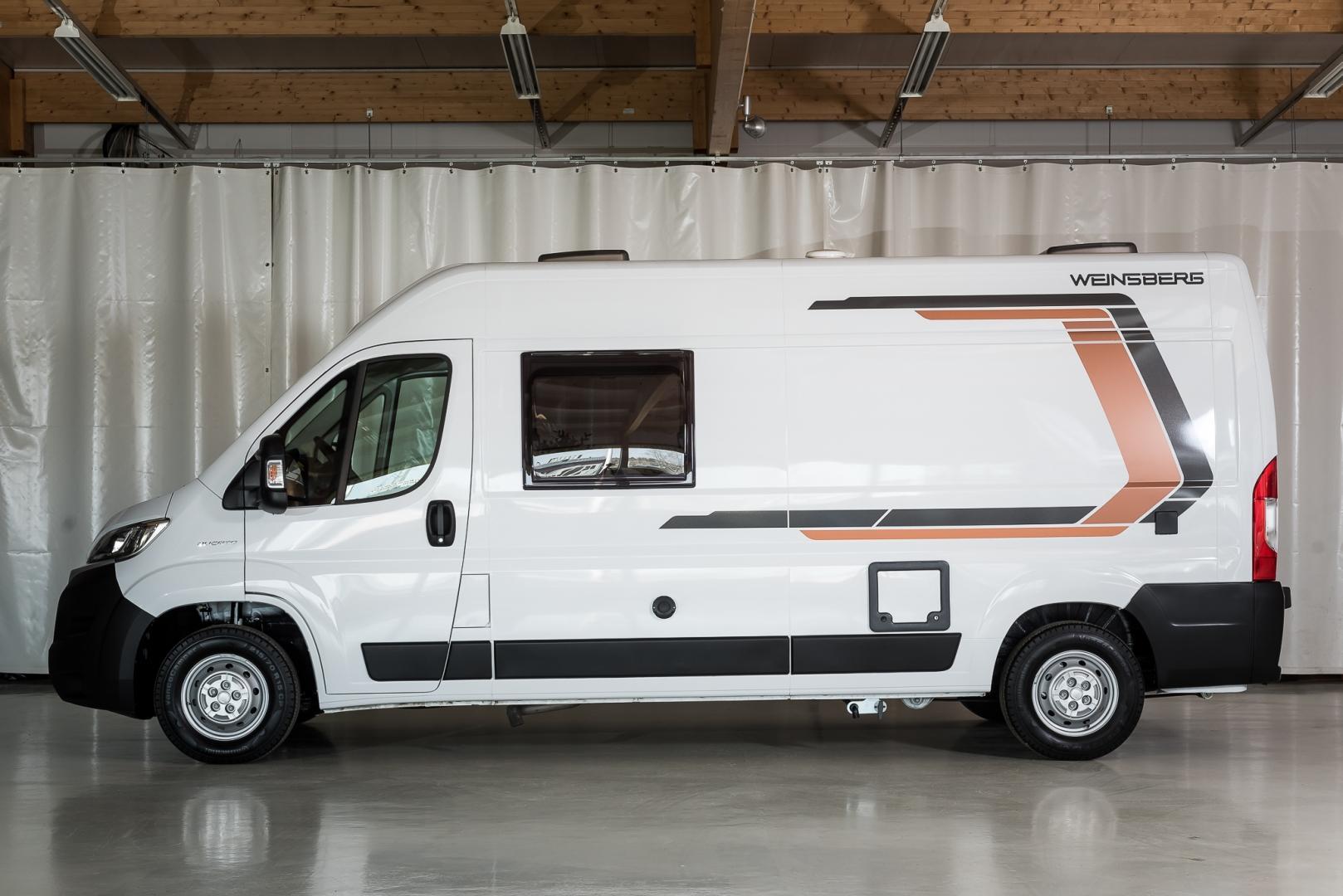 Weinsberg Carabus 600 MQ AUTOMAATTI, 2,3 M-JET 130 HV