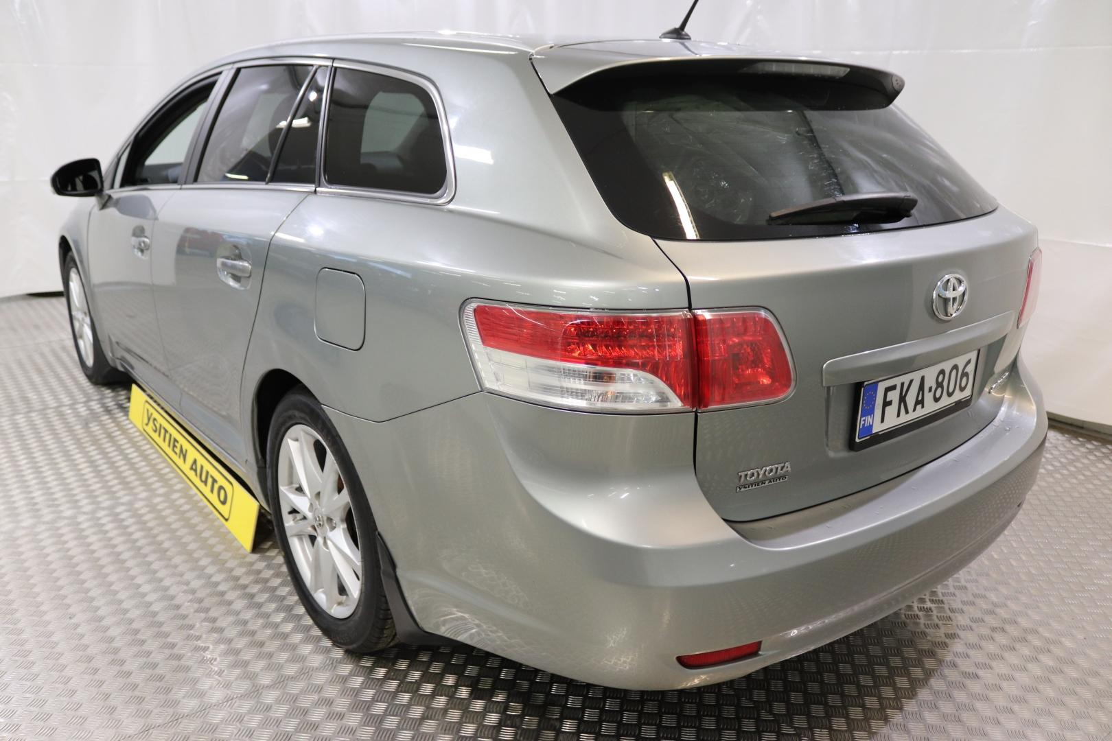 Toyota Avensis, 2,0 D-4D DPF Sol Edition Wagon