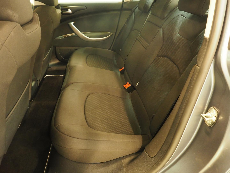 Citroen C5, 2.0i 16v Confort Sedan