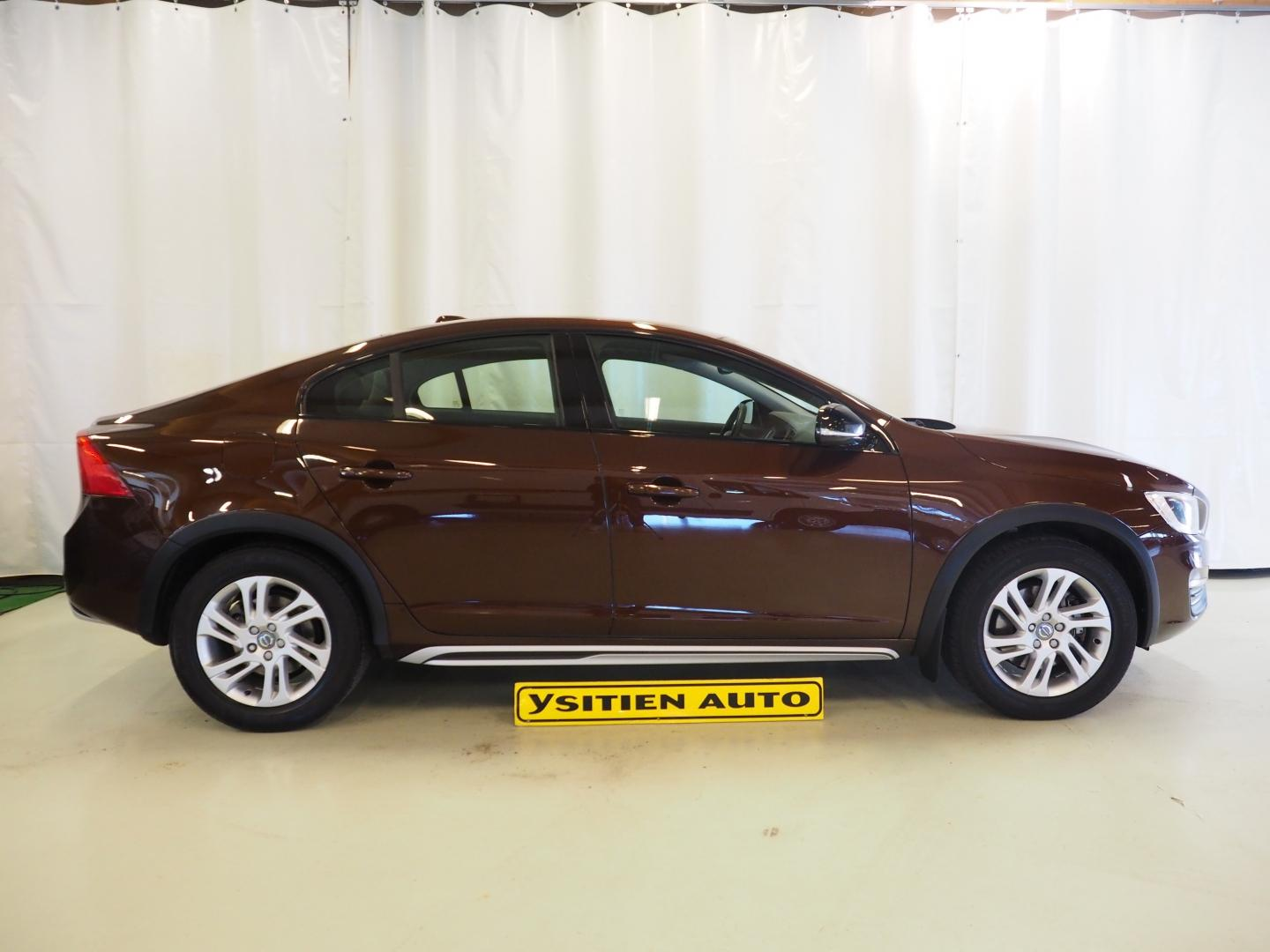 Volvo S60 Cross Country, D4 Summum Edition A