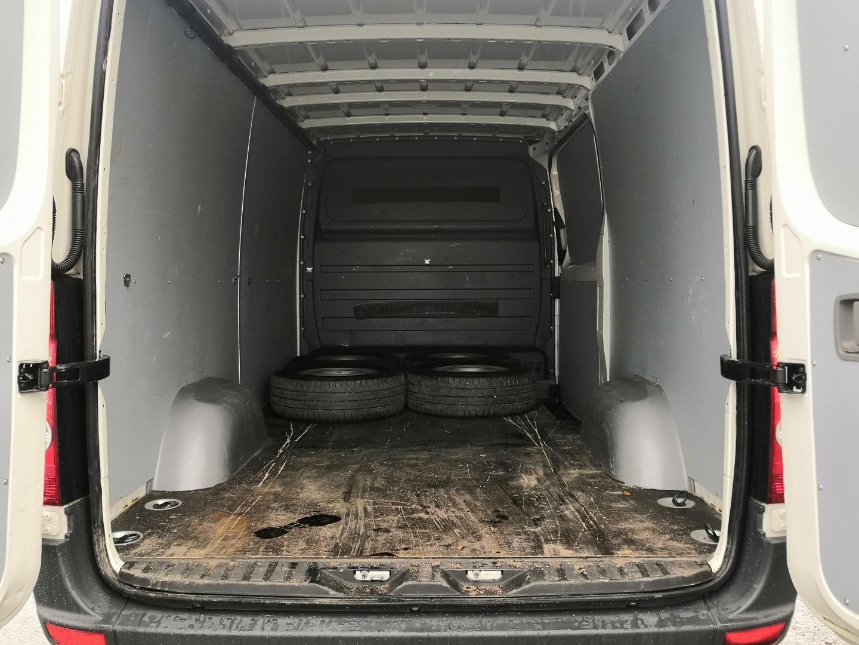 Volkswagen Crafter, 2,5 TDI 163HV B-KORTILLINEN PAKETTIAUTO *VAIN 130TKM* WEBASTO SIS 24% ALV