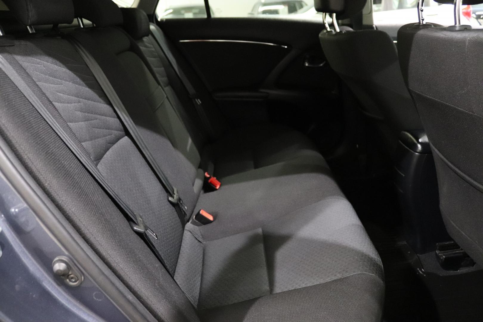 Toyota Avensis, 2.0 D-4D DPF Linea Sol Plus Wagon