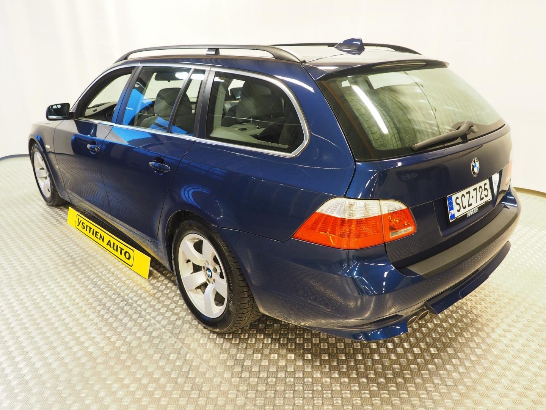 BMW 525, Diesel Touring E61 Automaatti.