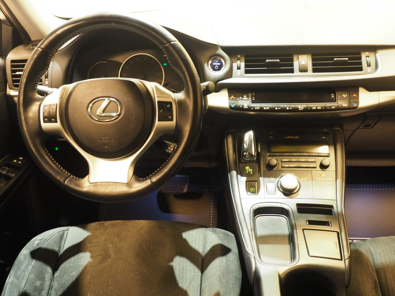 Lexus CT, 200H Hybrid