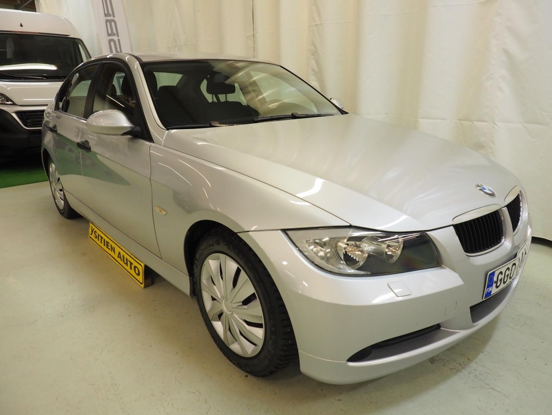 BMW 318, i 4d (E90)