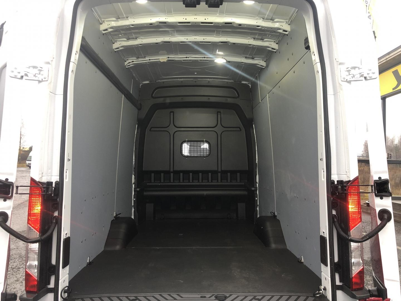 Ford Transit, 350 L4H3 JUMBO 3+3 HENGEN KEVYT K-A TAKUU VOIMASSA SIS ALV 24%