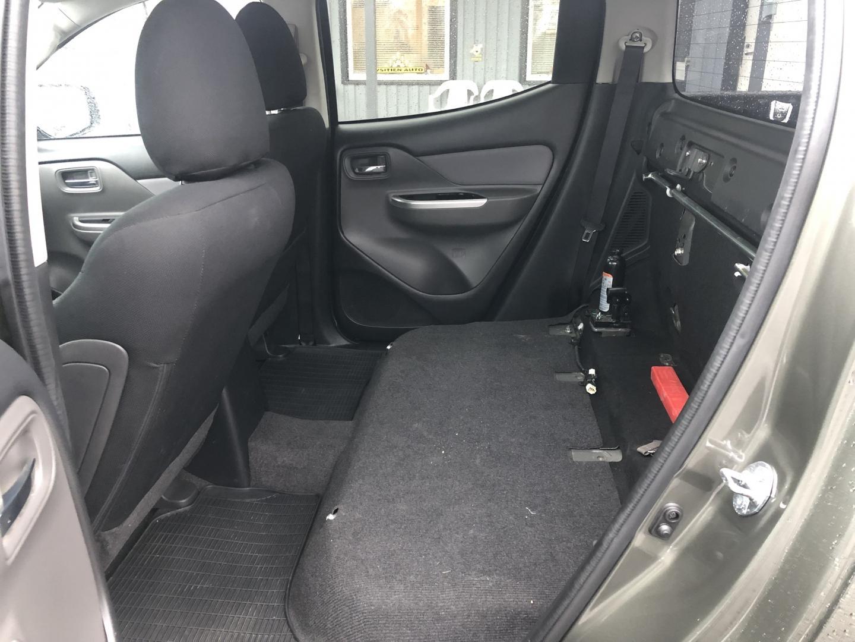 Mitsubishi L200, 2.4 DI-D DOUBLE CAB AUTOMAATTI P-KAMERA WEBASTO SIS 24% ALV